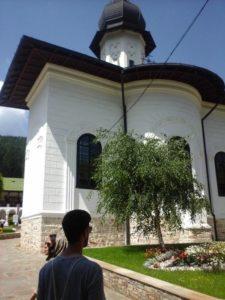 Besuch eines rumänischen Klosters im Rahmen des Vorgängerprojekts  Devotional Humans, 2019 (Foto Jan Meiser)